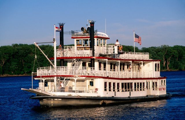 Steaming To Hannibal With Mark Twain Road Trips With Tom